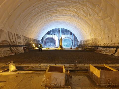 별내선(8호선연장) 2공구 건설공사 2021년04월28일 터널1구간 인버트 시공